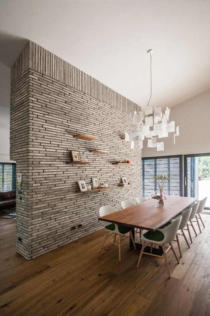 Elephant chair – wood base